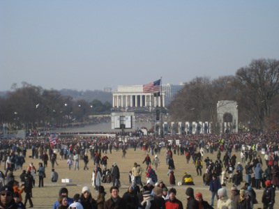Inauguration crowds by the Lincoln Memorial