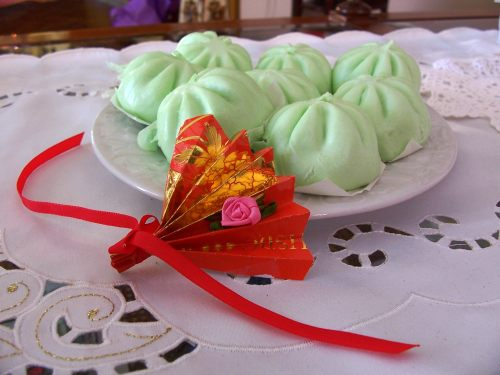 Green buns for Chinese New Year